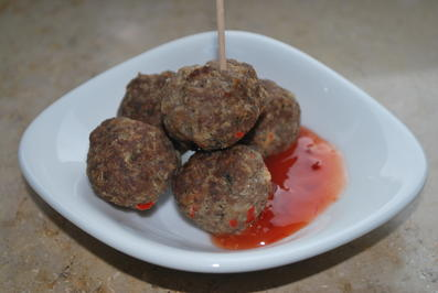 Asia-Hackbällchen mit Sweet-Chili-Sauce - Rezept - Bild Nr. 4465