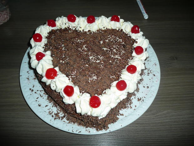 Schwarzwalder Herz Zum Valentinstag Rezept Kochbar De