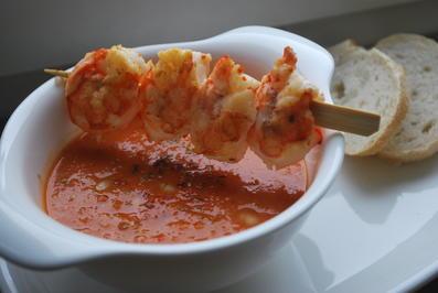 Cremige Tomaten-Bohnen-Suppe mit Garnelenspieß - Rezept - Bild Nr. 4930