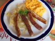 Ananas-Sauerkraut mit Nürnberger Rostbratwürsten und Süßkartoffelstampf - Rezept - Bild Nr. 4957