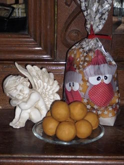 indisch: Besan-Laddu - Kichererbsenbällchen - Rezept - Bild Nr. 5129