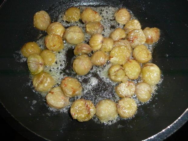 Gänsekeulen an Rosmarinkartoffel, kandierten Maronen + Chiccoreesalat - Rezept - Bild Nr. 5126