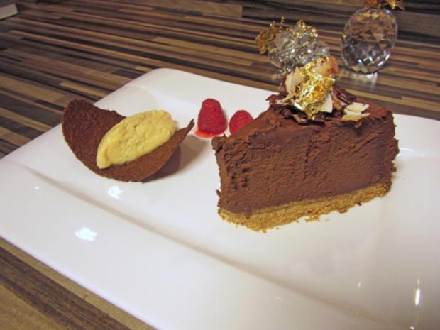 Schokoladen Cheesecake mit Krokant und Passionsfrucht - Rezept - Bild Nr. 5274