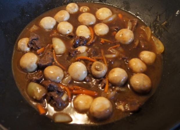 Rinderfilet mit Zwiebeln, Champignons und Spaghetti - Rezept - Bild Nr. 10