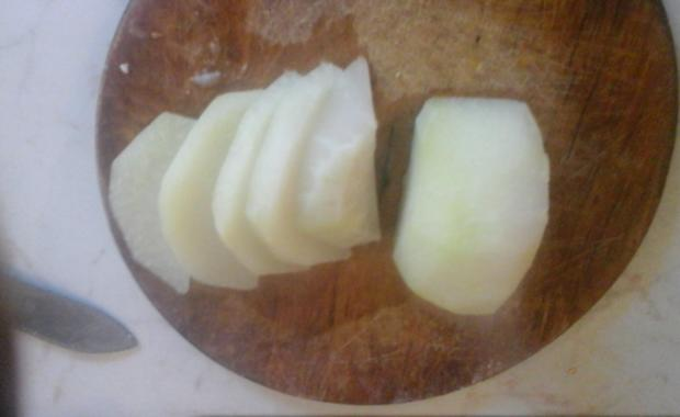 Geräucherter Bauchspeck mit Drillingen und Kohlrabi in Sauce - Rezept - Bild Nr. 5