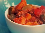 Pikanter Zucchini-Hackfleisch-Topf mit Ajvar - Rezept