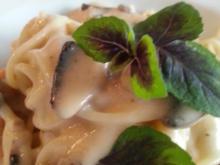 Putenbrust Schnitzel mit Manchego Pilzcreme Sosse à la Biggi - Rezept - Bild Nr. 3