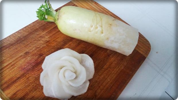 Hirschgulasch mit Salzkartoffeln & Sauerkraut-Salat - Rezept - Bild Nr. 14