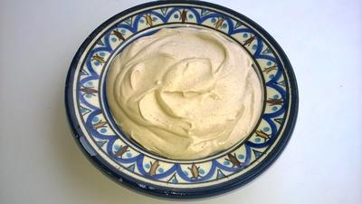 Rezept: Geschmeidige Hummus bi Tahina Crème / Sämiger Dip, sowie Fladenbrotaufstrich