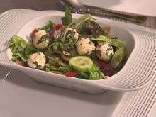 Pflücksalat mit Mozzarella (Ricky Harrys) - Rezept