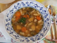 25 Minuten-Suppe mit Hähnchenbrustfilet und Gemüse - Rezept