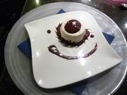 Quinoa Köpfchen mit Schokolade-Kaffee Sauce. - Rezept