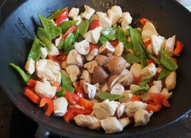 Hähnchenbrustfilet-Curry mit Kokosmilch und Blumenkohl-Reis - Rezept - Bild Nr. 7