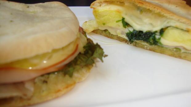Gefülltes Pita Brot ala Toast Hawai - Rezept