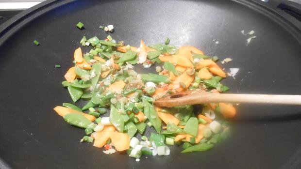Scharfes Fisch-Curry mit gebratenem Eier-Reis - Rezept - Bild Nr. 8