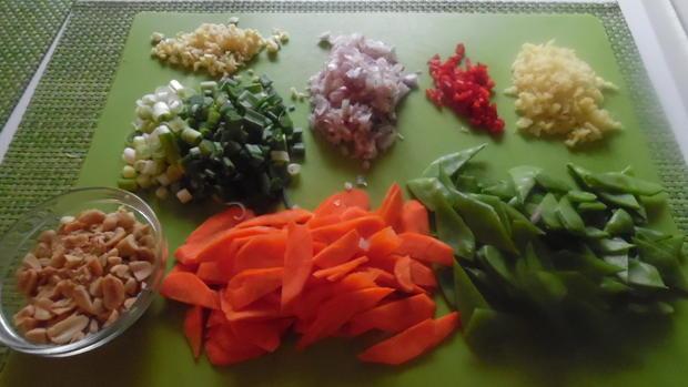 Scharfes Fisch-Curry mit gebratenem Eier-Reis - Rezept - Bild Nr. 10