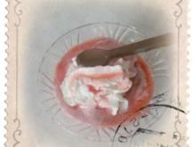 Erdbeereis (ohne Eismaschine) - Rezept