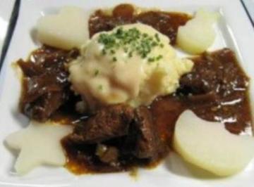 Hirschgulasch mit Kohlrabi und Kartoffelstampf à la Biggi - Rezept - Bild Nr. 10