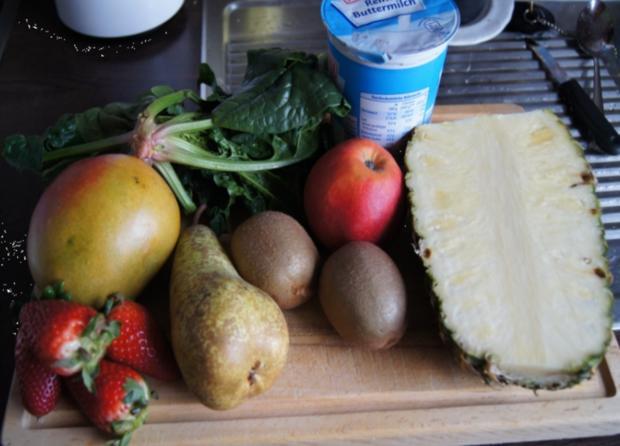 Buttermilch-Gemüse-Obst-Smoothie - Rezept - Bild Nr. 2