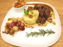 Boeuf Bourguignon mit würzigem Sellerie Kartoffelpüree - Rezept