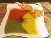 Dreifarbige Gemüsesuppe mit Garnelen - Rezept