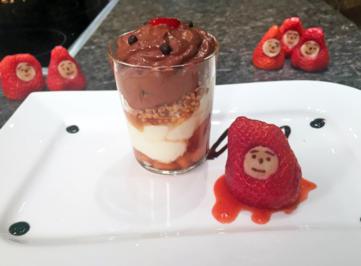 Weiße Schokoladenmousse mit Erdbeeren - Rezept