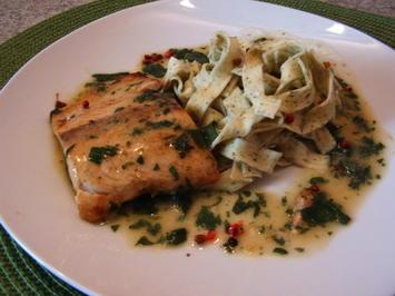 Lachs  mit Bärlauchsoße - Rezept
