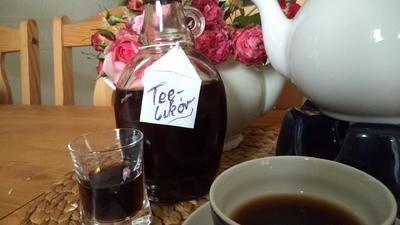 Chrisis Teelikör - Rezept