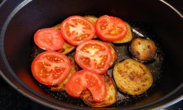 Geschmorte Lammhaxe mit Auberginen und Tomaten - Rezept - Bild Nr. 3
