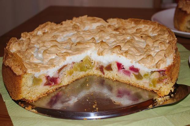 Rhabarber-Meringe-Kuchen von Mama - Rezept - Bild Nr. 2