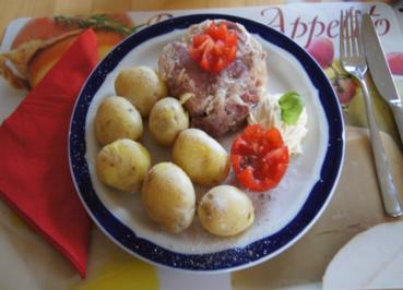Eisbein in Aspik mit Frühkartoffeln - Rezept