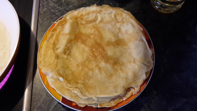 einfache pfannkuchen rezept mit bild