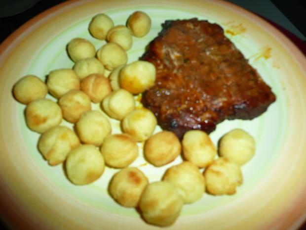 Gemischter Salat mit Sprossen zu Schwenkbraten + Kartoffelbällchen. - Rezept - Bild Nr. 5
