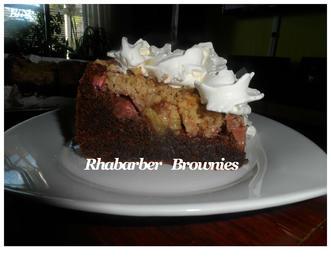 Rezept: BiNe` S RHABARBER BROWNIES