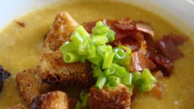 Curry-Maiscremesüppchen mit Speck und Pfeffercroutons als Topping - Rezept - Bild Nr. 13