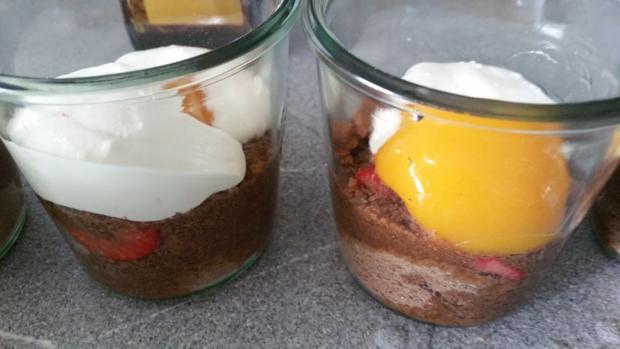 Schichtdessert ein Küchenunfall par exellence (Schoko-Biskuit) - Rezept - Bild Nr. 12