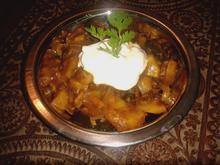 indisch: Aloo-Baingan .. oder Kartoffel triff Aubergine unter der Sonne Nord-Indiens - Rezept