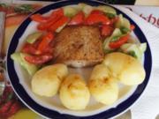 Pazifik Wildlachsfilet mit Pellkartoffeln und Tomaten-Gurken-Salat - Rezept