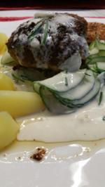 Rezept: Frikadellen Gurkensalat und die neue Kartoffelernte à la Biggi
