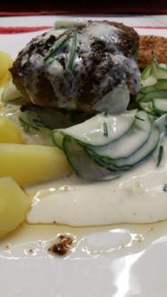 Frikadellen Gurkensalat und die neue Kartoffelernte à la Biggi - Rezept - Bild Nr. 17