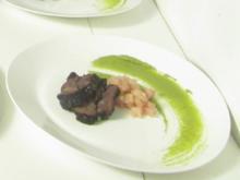 Ochsenbäckchen, Pommes Dauphin, Erbspüree und Birnen-Ingwer Chutney - Rezept