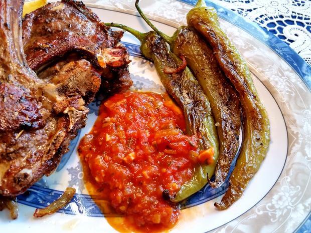 Scharfe Paprika auf türkische Art