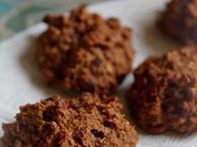 Plätzchen / Cookies: Hafer-Schoko-Kekse mit Rosinen - Rezept