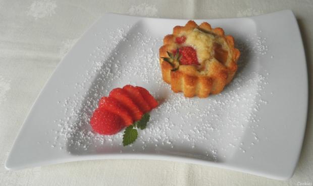 Mini - Erdbeer - Rhabarber - Kuchen - Rezept - Bild Nr. 2