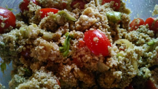 Scharfer Schweine-Schopfbraten vom Grill mit Couscous Salat - Rezept - Bild Nr. 3