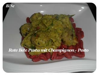 BiNe` S ROTE BETE PASTA MIT CHAMPIGNON - PESTO - Rezept