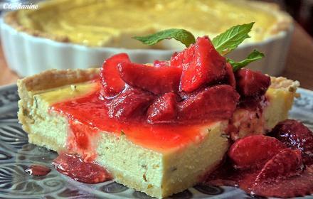 Flaó (Käsekuchen mit Minze), dazu glasierte Erdbeeren - Rezept