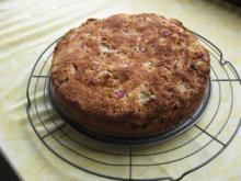 Rhabarberkuchen mit Kokosraspel - Rezept