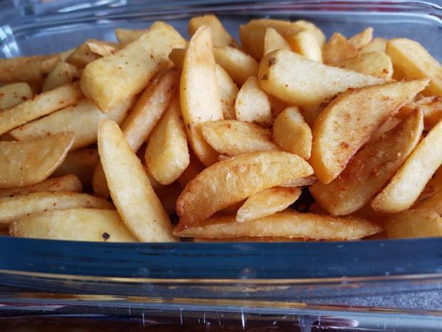 Currywurst mit Pommes à la Biggi - Rezept - Bild Nr. 3