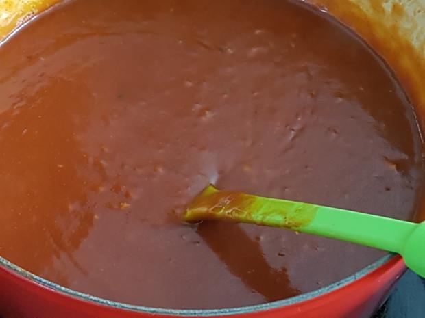 Currywurst mit Pommes à la Biggi - Rezept